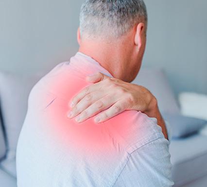כאבים בשכמות- טפלו בכאב בבית