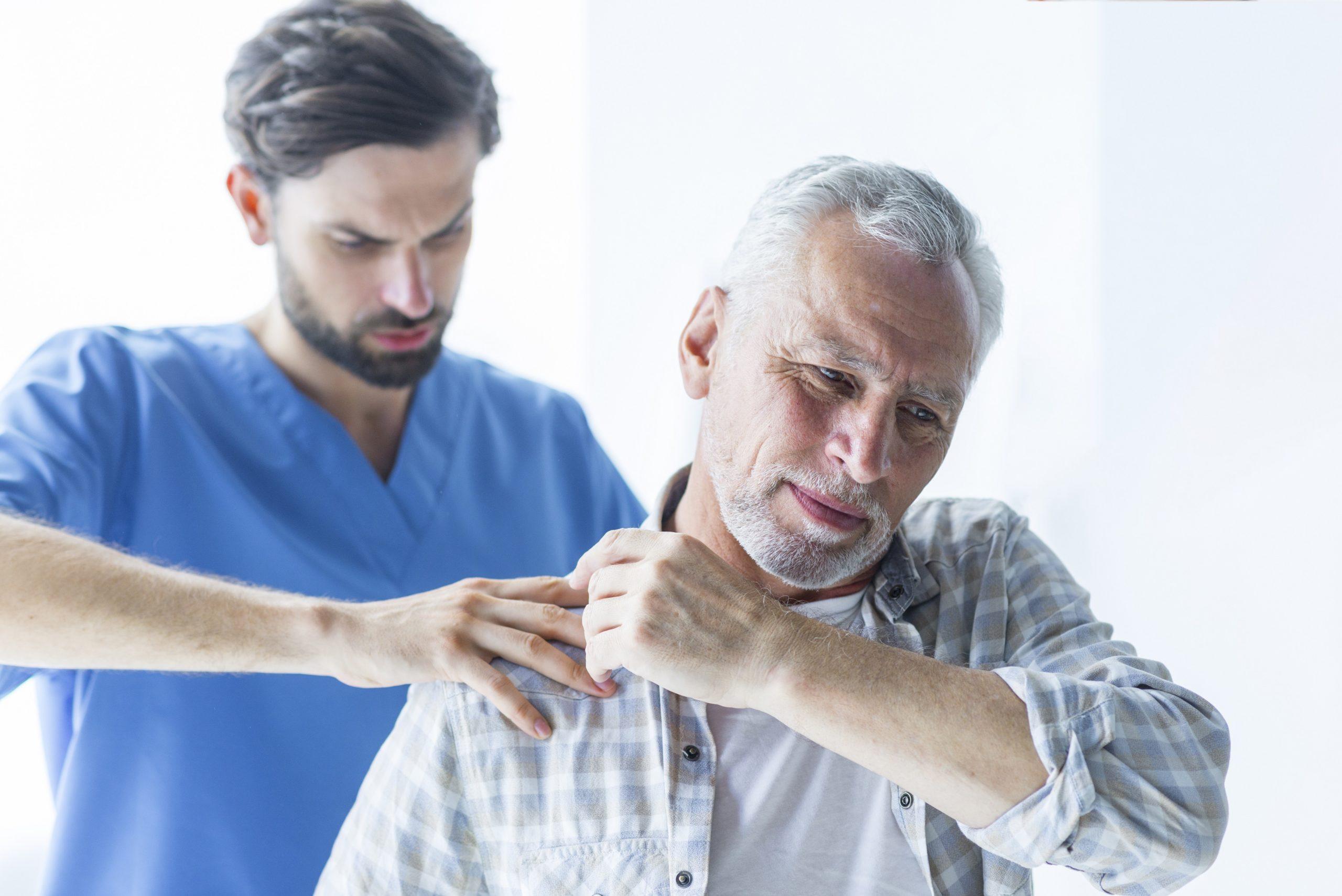 דלקת בכתף- טיפול טבעי עם מכשיר בי קיור לייזר