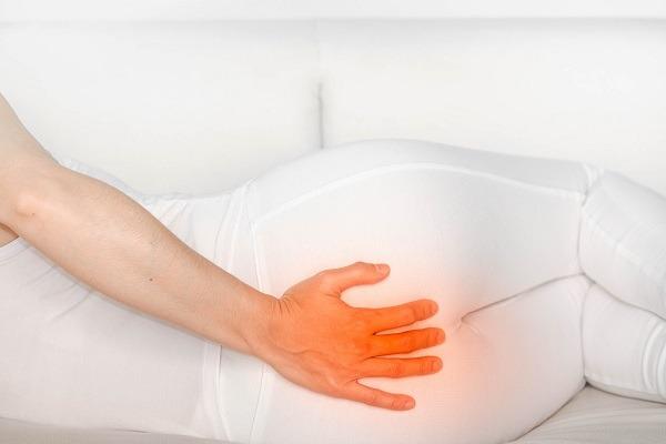 טיפול טבעי וביתי בכאבים בעצם הזנב