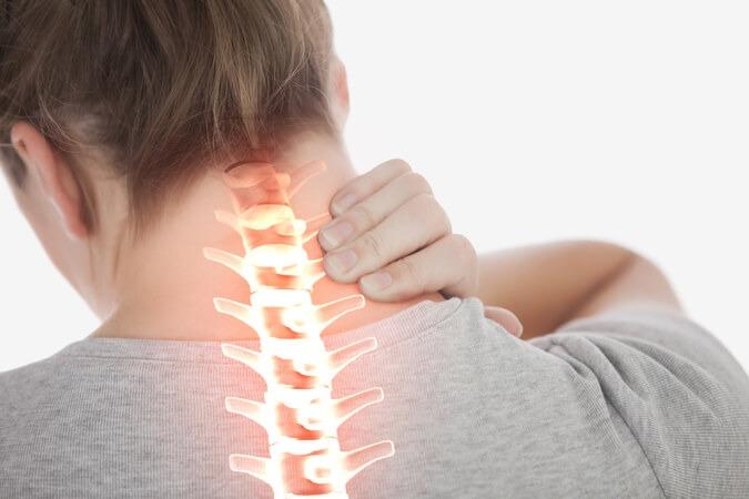 פריצת דיסק צווארי - ניתן לטפל בכאבים בעזרת הבי-קיור לייזר