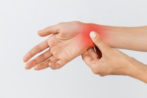 תסמונת התעלה הקרפלית וכאבים ביד